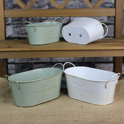 old oval zinc pot in two colors with two handles